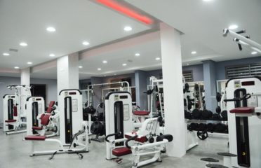 Club Life Fitness